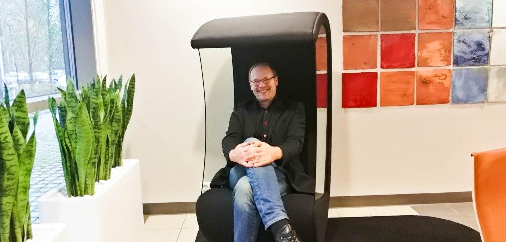 Yksikön päällikkö Kalevi Pölönen iloitsee rahoituskampanjan onnistumisesta
